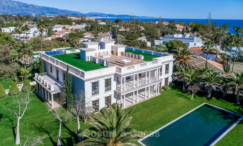 Prestigious palatial front line beach villa for sale, classic style, between Marbella and Estepona 5504