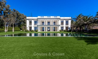 Prestigious palatial front line beach villa for sale, classic style, between Marbella and Estepona 5506