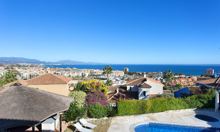 Spacious and attractive renovated villa with sea views for sale, La Duquesa, Manilva, Costa del Sol 5552