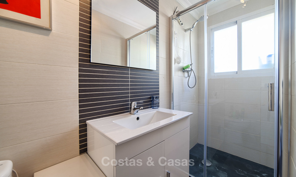 Very spacious, cosy and convenient luxury penthouse apartment for sale, Estepona center 5627