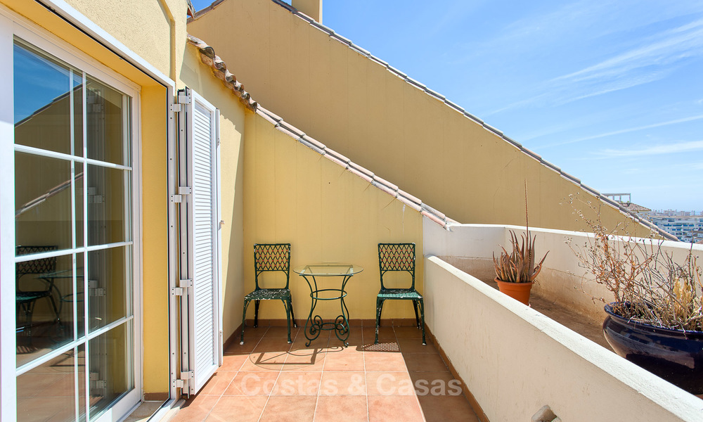 Very spacious, cosy and convenient luxury penthouse apartment for sale, Estepona center 5648