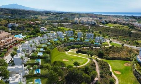 New modern luxury villas for sale, with sea and golf views, New Golden Mile, Marbella 5788