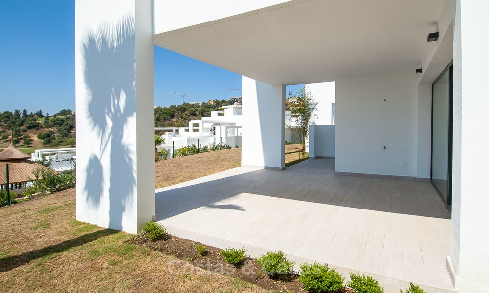 New, modern raised garden apartment with golf, mountain- and sea-views for sale in Benahavis - Marbella 5801