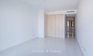 New, modern raised garden apartment with golf, mountain- and sea-views for sale in Benahavis - Marbella 5803