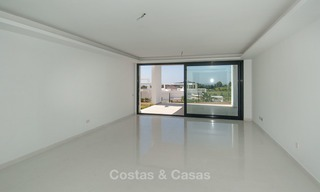 New, modern raised garden apartment with golf, mountain- and sea-views for sale in Benahavis - Marbella 5805