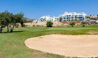 New, modern raised garden apartment with golf, mountain- and sea-views for sale in Benahavis - Marbella 5798