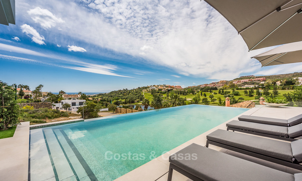 Spectacular high-end luxury villa for sale, turnkey, with panoramic sea, golf and mountain views, Benahavis - Marbella 5856