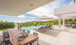 Spectacular high-end luxury villa for sale, turnkey, with panoramic sea, golf and mountain views, Benahavis - Marbella 5858