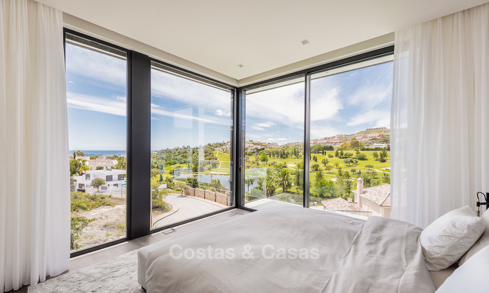 Spectacular high-end luxury villa for sale, turnkey, with panoramic sea, golf and mountain views, Benahavis - Marbella 5860