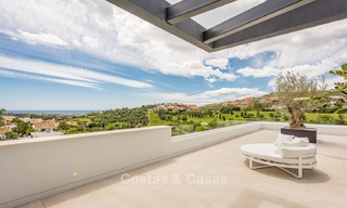 Spectacular high-end luxury villa for sale, turnkey, with panoramic sea, golf and mountain views, Benahavis - Marbella 5864