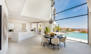 Turnkey exclusive high-end designer villa for sale, with panoramic sea, golf and mountain views, Benahavis - Marbella 5885