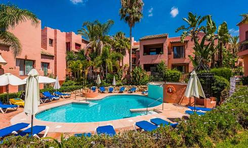 Spacious beachside penthouse apartment for sale, in a luxurious complex, Elviria, Marbella 5999