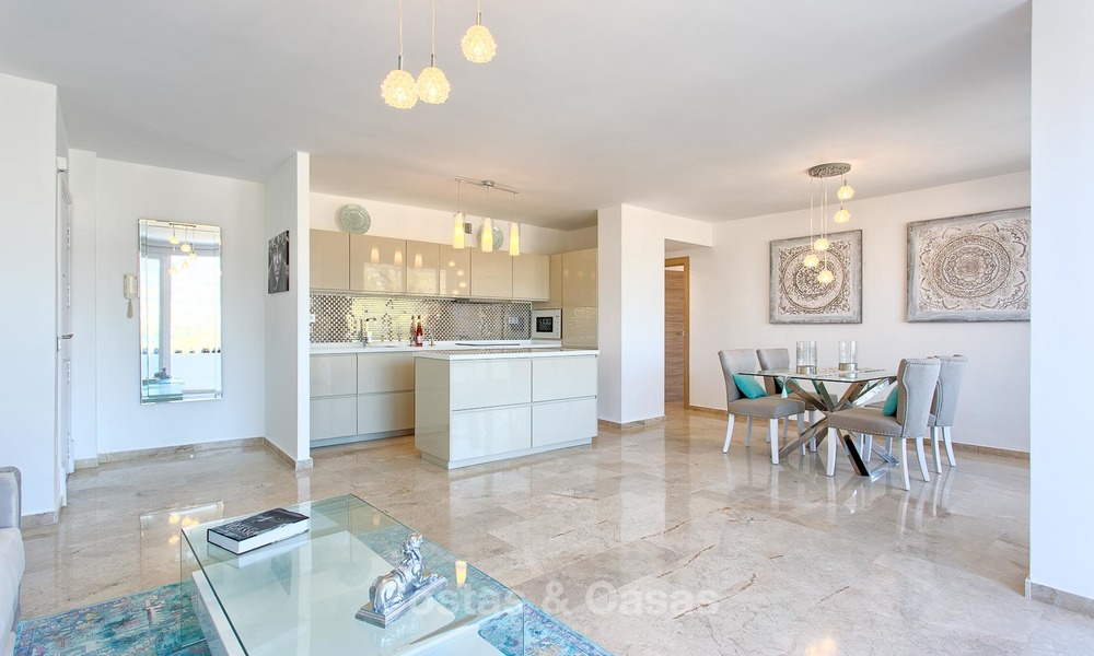 Cosy and bright apartment for sale, recently renovated, Nueva Andalucía, Marbella 6049