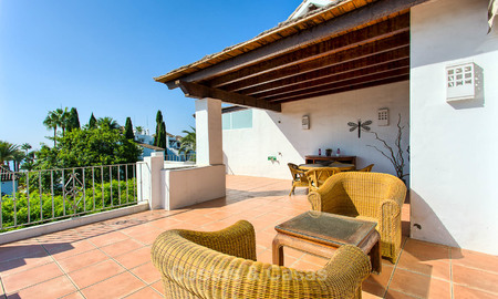Lovely, spacious beach front penthouse apartment for sale, New Golden Mile, Estepona 6180