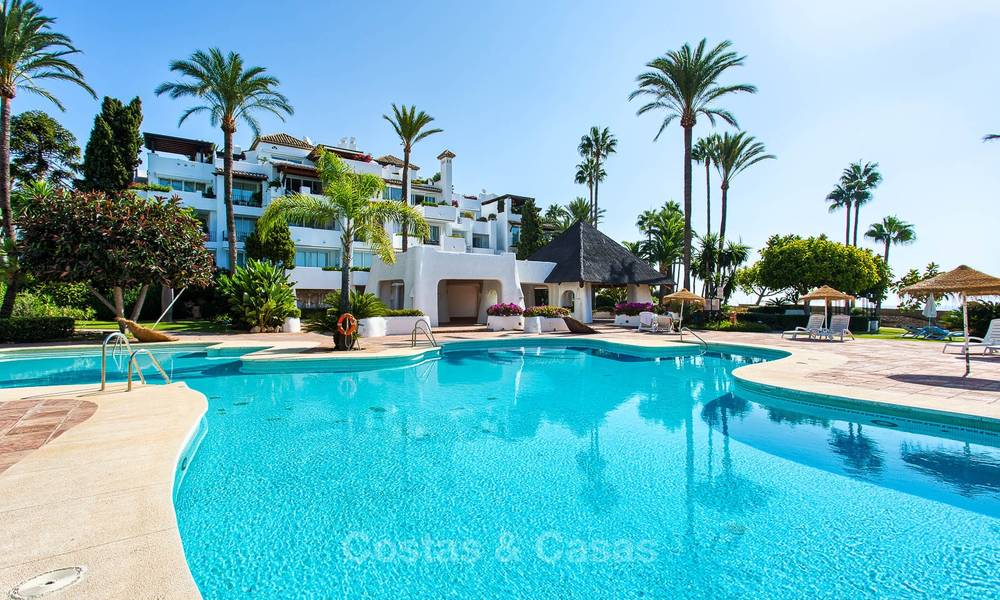 Lovely, spacious beach front penthouse apartment for sale, New Golden Mile, Estepona 6189