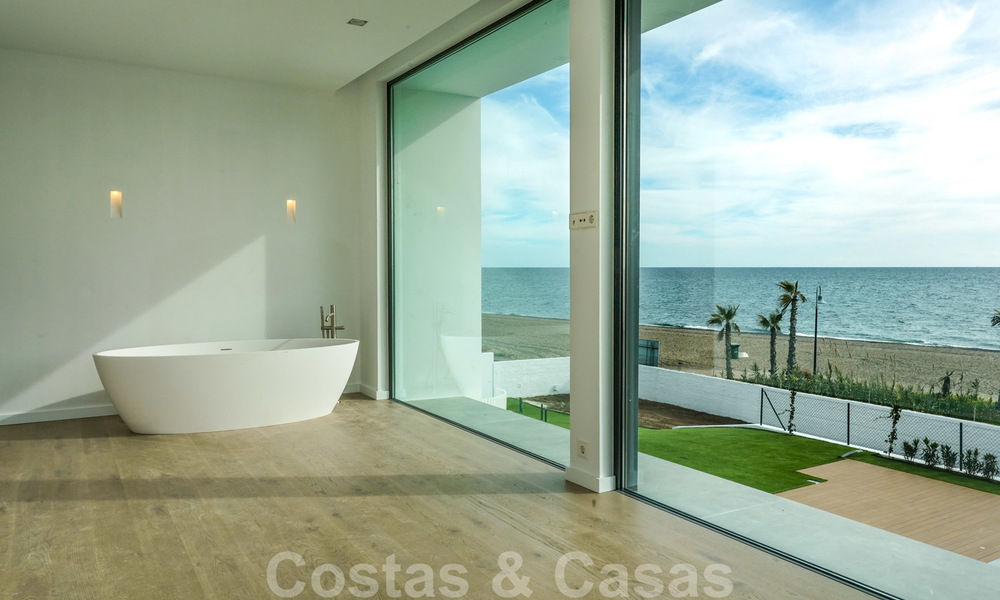 Unique ultra-modern beach front designer villa for sale, New Golden Mile, Marbella - Estepona 24922