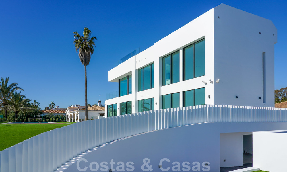 Unique ultra-modern beach front designer villa for sale, New Golden Mile, Marbella - Estepona 24928