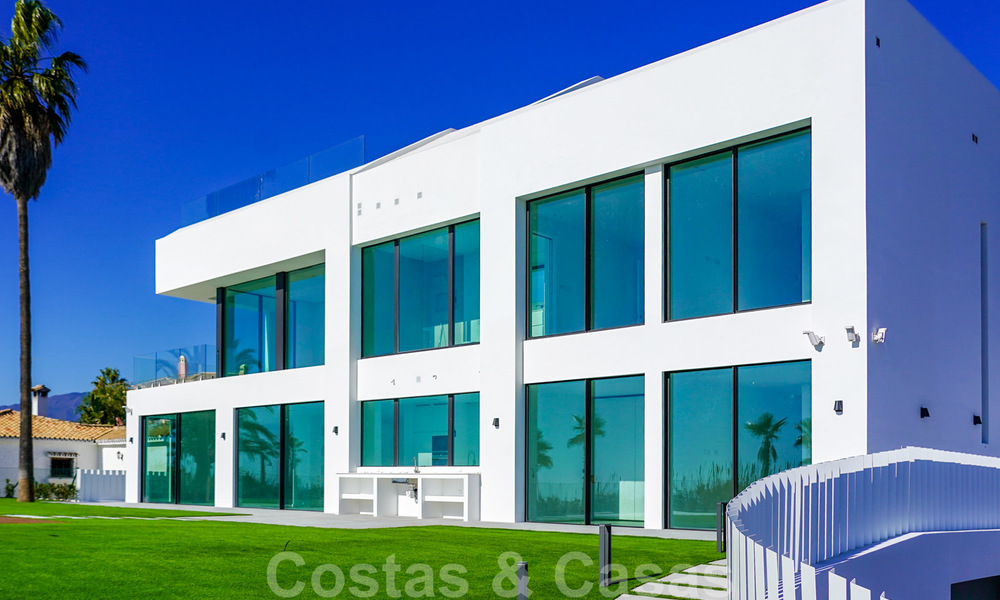 Unique ultra-modern beach front designer villa for sale, New Golden Mile, Marbella - Estepona 24929