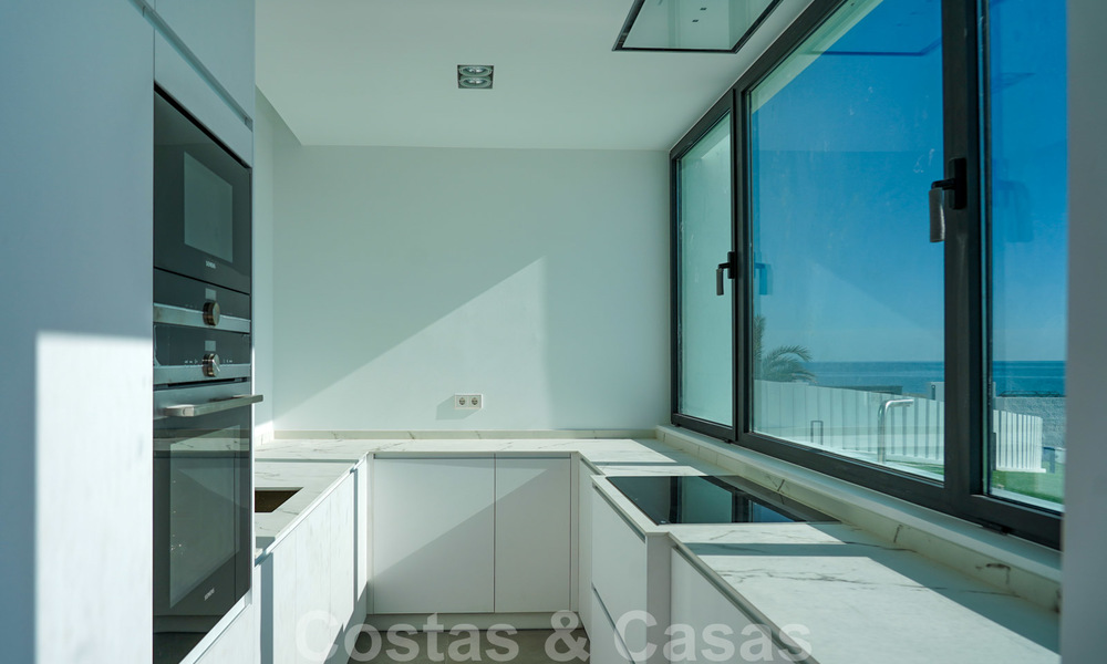 Unique ultra-modern beach front designer villa for sale, New Golden Mile, Marbella - Estepona 24931