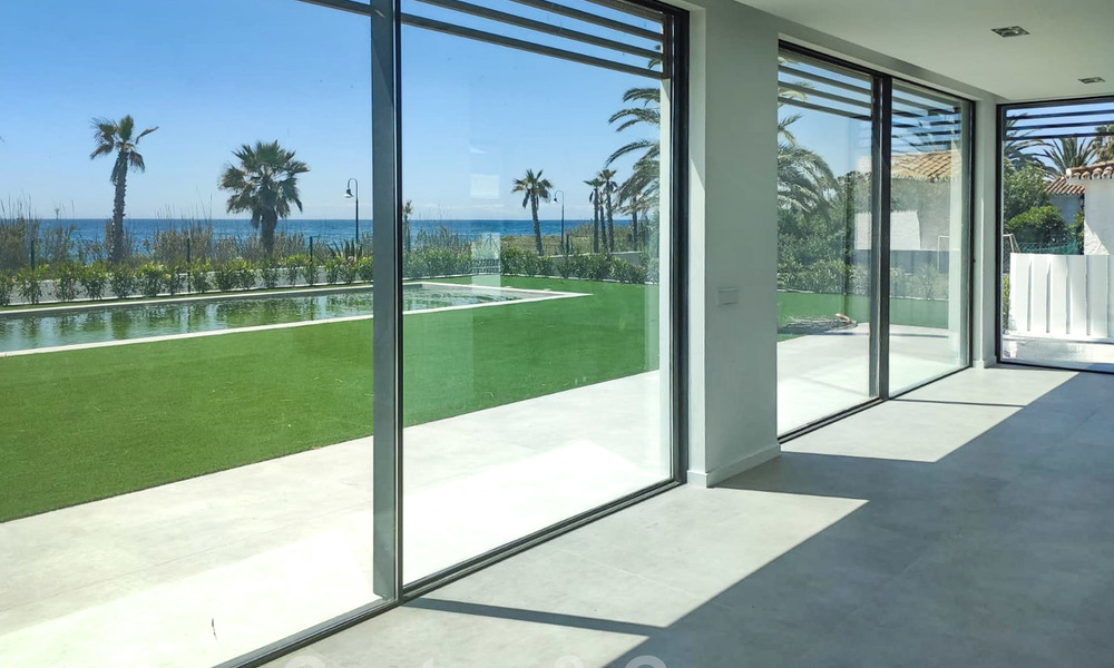 Unique ultra-modern beach front designer villa for sale, New Golden Mile, Marbella - Estepona 24943