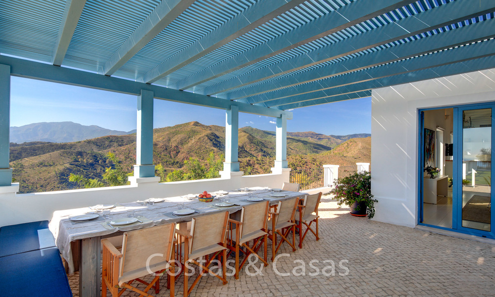 Majestic luxury villa in rural settings for sale, with amazing panoramic sea and mountain views, Benahavis - Marbella 6335