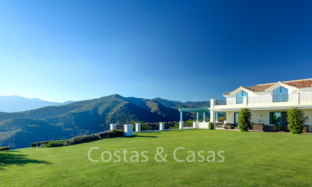 Majestic luxury villa in rural settings for sale, with amazing panoramic sea and mountain views, Benahavis - Marbella 6341