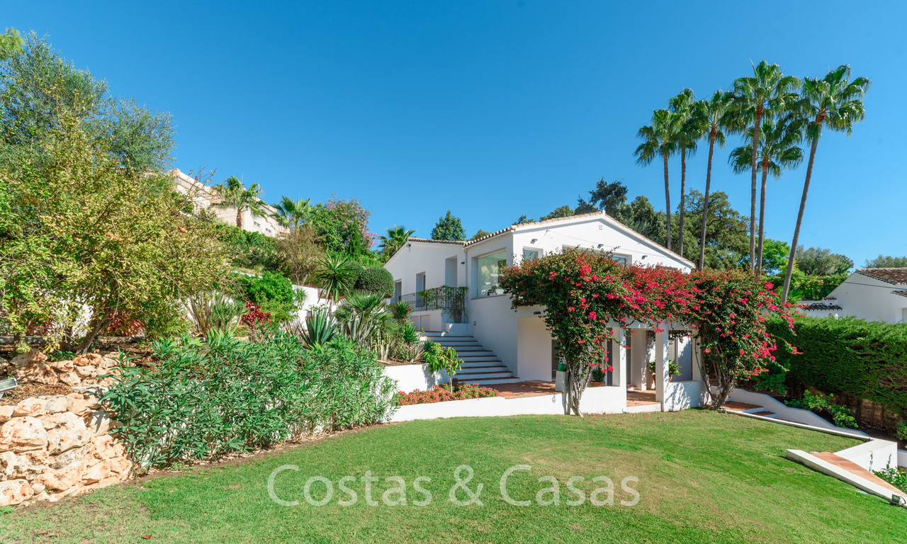 Elegant renovated Andalusian style villa for sale, with panoramic sea views, Marbella East 6390
