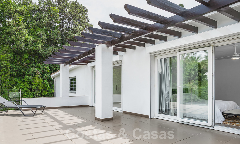 Gorgeous renovated villa for sale in the heart of Nueva Andalucía's Golf Valley - Marbella 26629