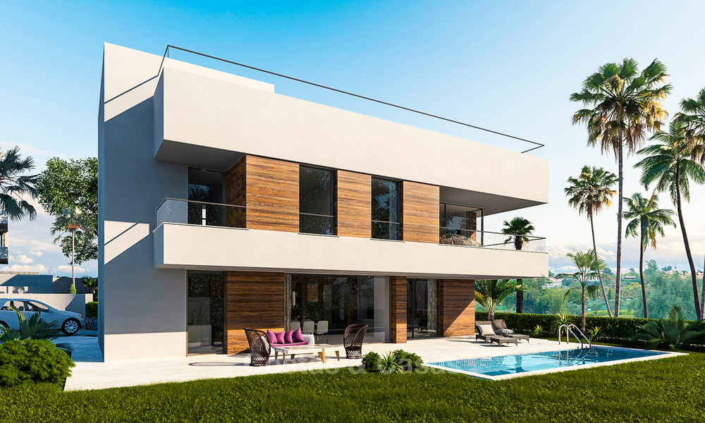 Modern, light and comfortable luxury villas for sale at a prime golf resort, New Golden Mile, Marbella - Estepona 6654