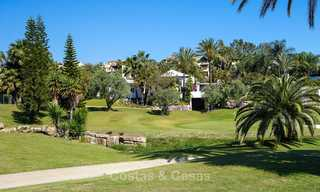 Modern, light and comfortable luxury villas for sale at a prime golf resort, New Golden Mile, Marbella - Estepona 6656