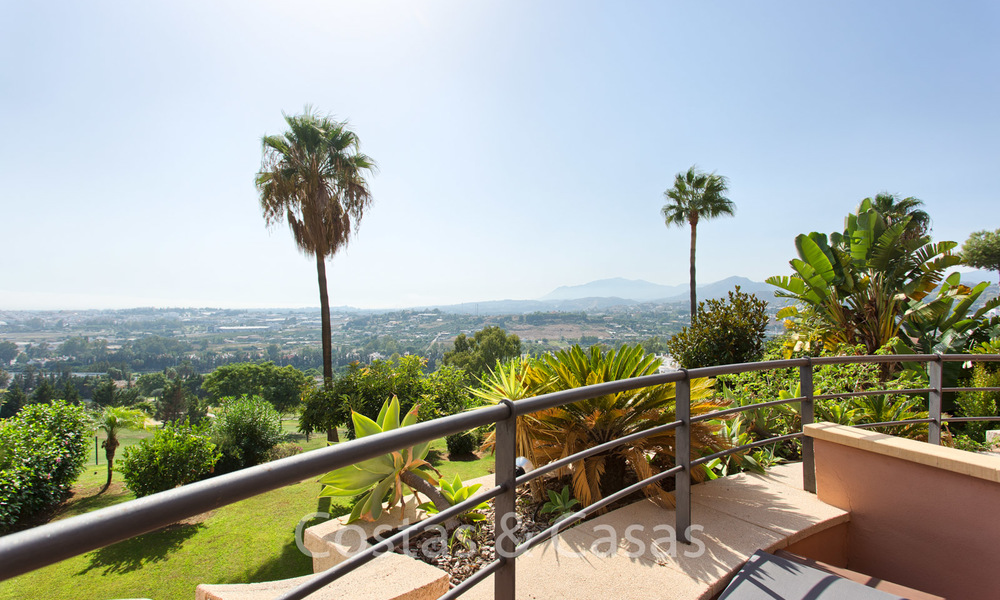 For sale: Modern luxury apartment in a sought after residential complex in the heart of Nueva Andalucia´s Golf Valley - Marbella 6564