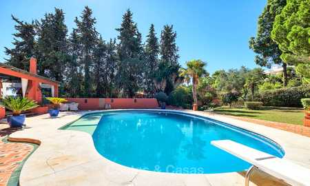 Spacious villa with good potential for sale, walking distance to the beach and Puerto Banus - Golden Mile, Marbella 6688