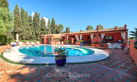 Spacious villa with good potential for sale, walking distance to the beach and Puerto Banus - Golden Mile, Marbella 6694