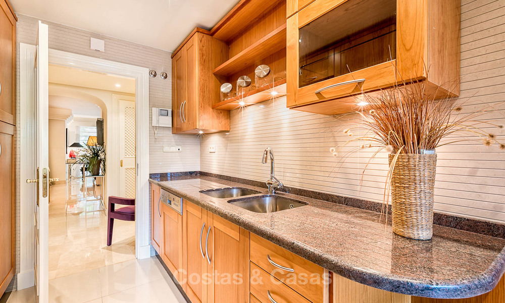Well located, stylish luxury apartment in an exquisite urbanization - Nueva Andalucia, Marbella 6779