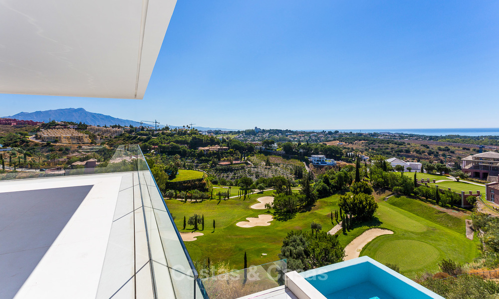 Majestic modern villa with panoramic sea views for sale, front-line golf, Benahavis - Marbella 6860