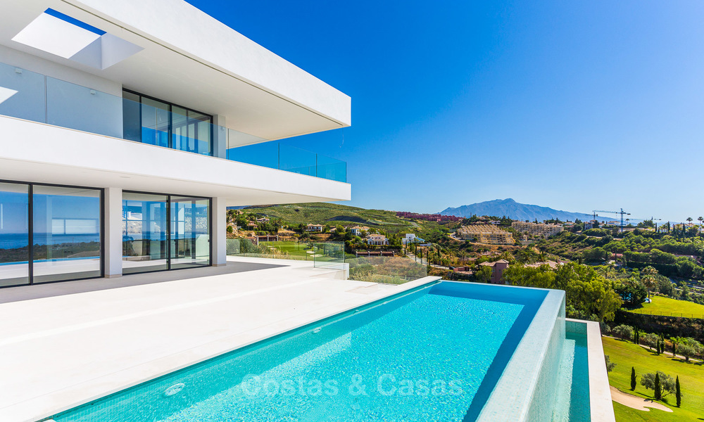 Majestic modern villa with panoramic sea views for sale, front-line golf, Benahavis - Marbella 6838