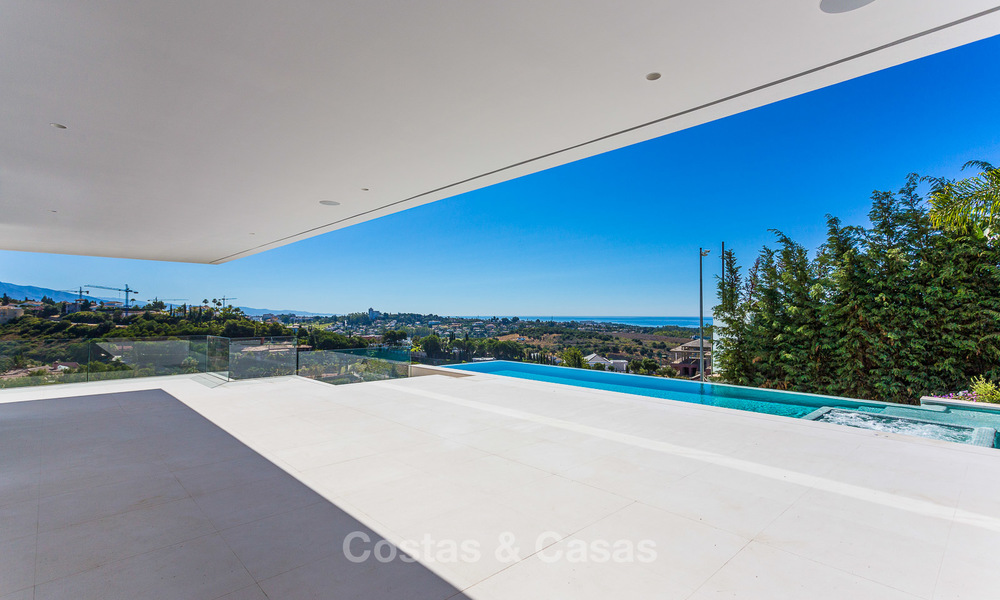 Majestic modern villa with panoramic sea views for sale, front-line golf, Benahavis - Marbella 6839
