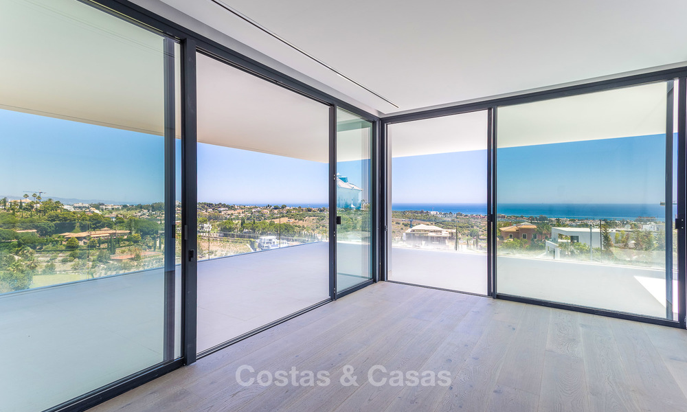 Majestic modern villa with panoramic sea views for sale, front-line golf, Benahavis - Marbella 6844