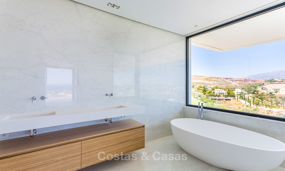 Majestic modern villa with panoramic sea views for sale, front-line golf, Benahavis - Marbella 6845