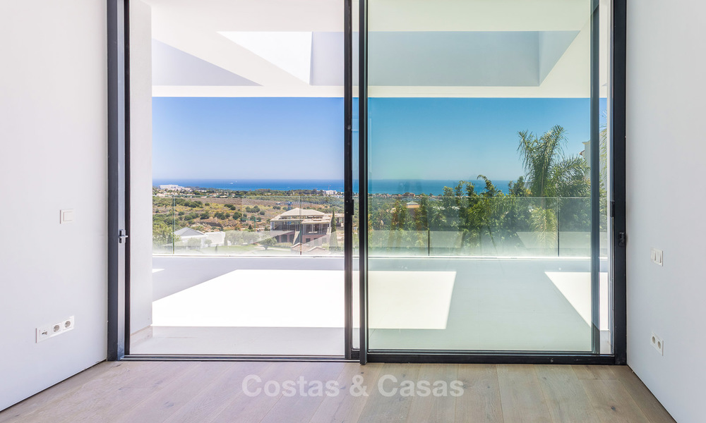 Majestic modern villa with panoramic sea views for sale, front-line golf, Benahavis - Marbella 6850