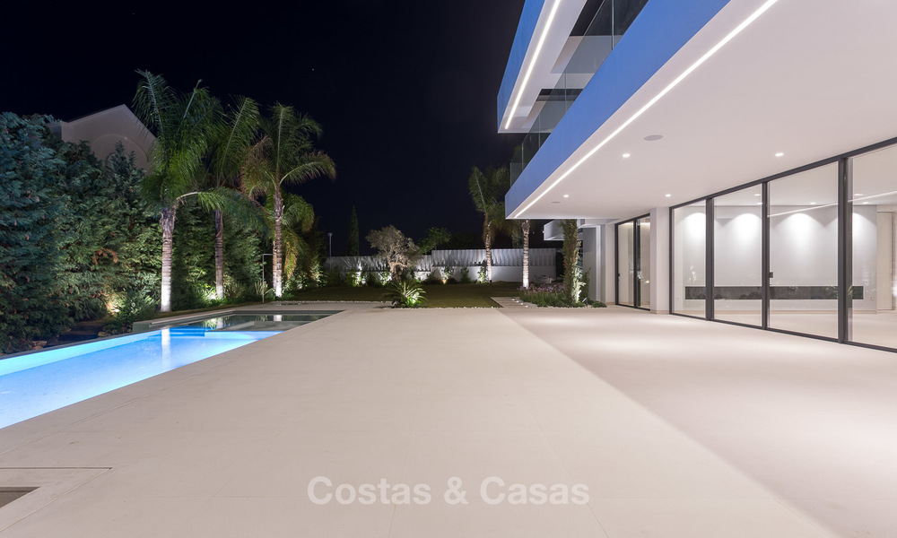 Majestic modern villa with panoramic sea views for sale, front-line golf, Benahavis - Marbella 6865
