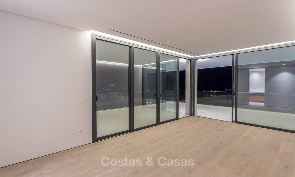 Majestic modern villa with panoramic sea views for sale, front-line golf, Benahavis - Marbella 6871
