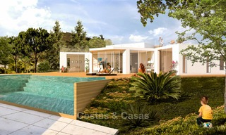 To be renovated villa on a large plot for sale at a spectacular, prime location - Golden Mile, Marbella 7020