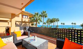 Very attractive luxury beach front apartment with fantastic sea views for sale - New Golden Mile, Marbella - Estepona 7047