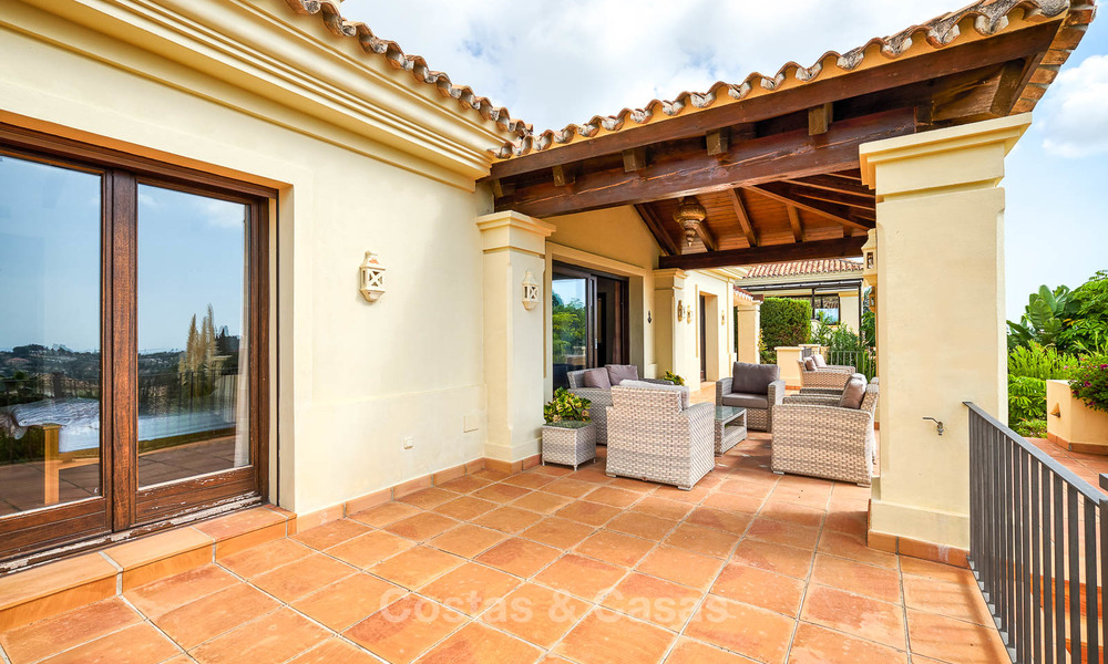 Charming and spacious classical style villa with sea views for sale, gated community, Benahavis - Marbella 7083