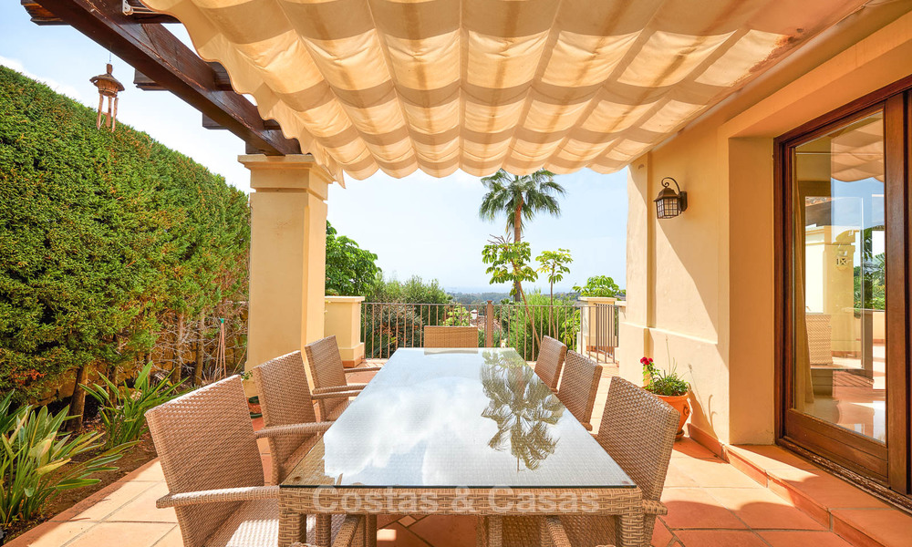 Charming and spacious classical style villa with sea views for sale, gated community, Benahavis - Marbella 7086