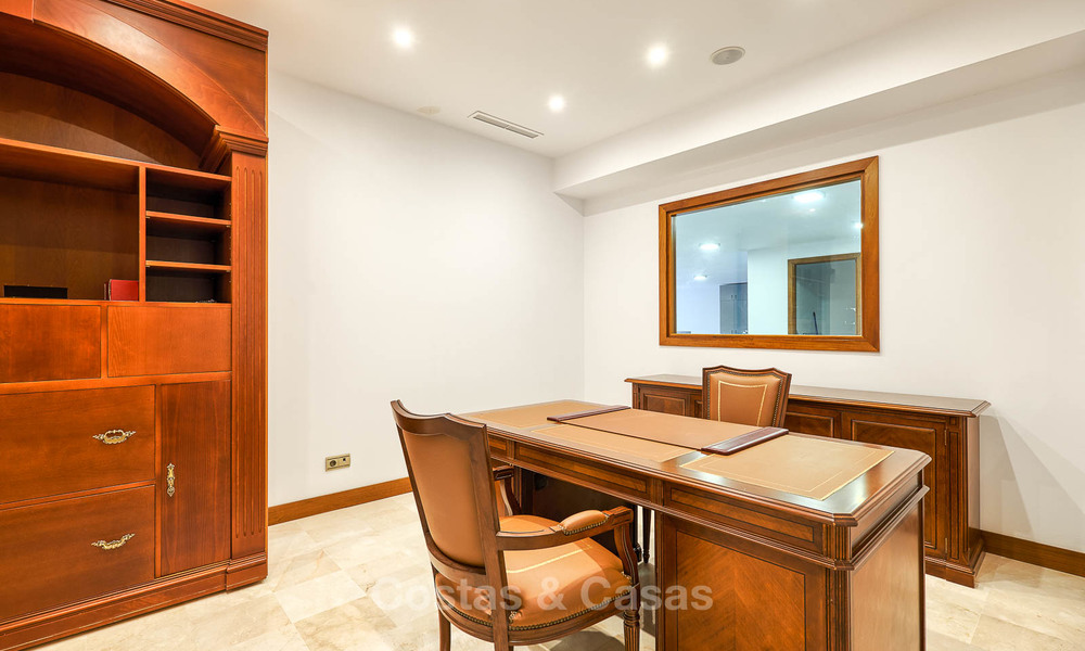 Spacious top-quality new villa for sale, ready to move in, Marbella East 7146