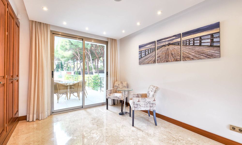 Spacious top-quality new villa for sale, ready to move in, Marbella East 7164