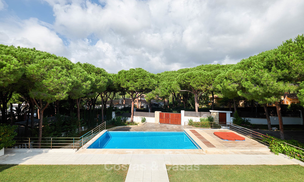 Spacious top-quality new villa for sale, ready to move in, Marbella East 7175