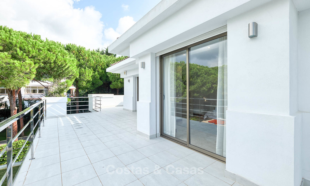 Spacious top-quality new villa for sale, ready to move in, Marbella East 7176